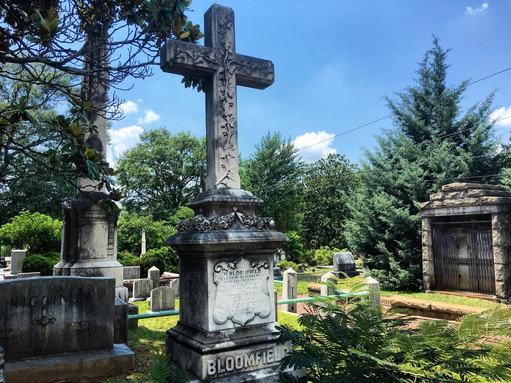 Via  Historic Oakland Cemetery