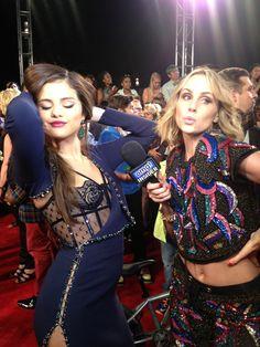 Selena Gomez VMAS