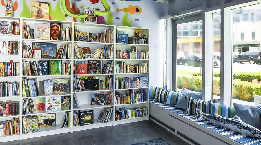 Bookstore_2.JPG