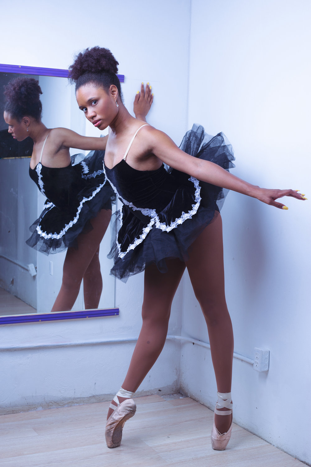 The Dance of Ballet - Chamber Photography Moments by Antoine Hart