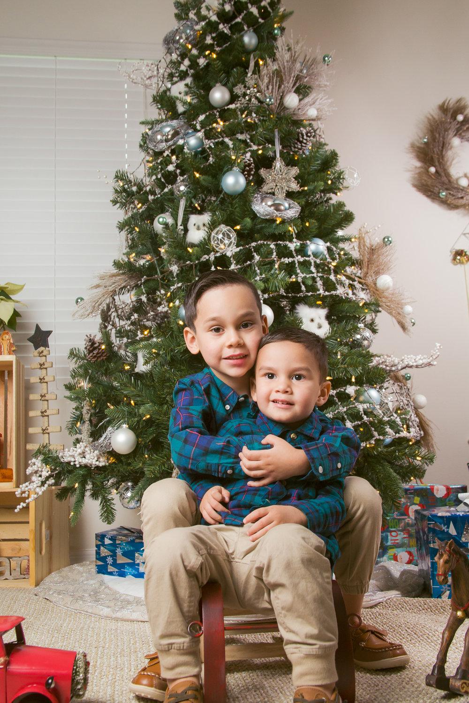 _2-family-christmas-photo-chamber-photography-moments-antoine-hart.jpg