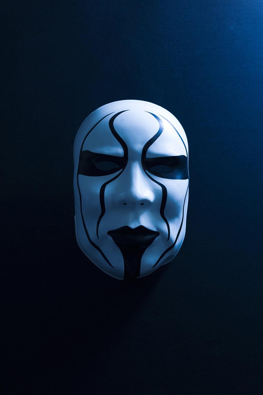 sting-mask-small.jpg