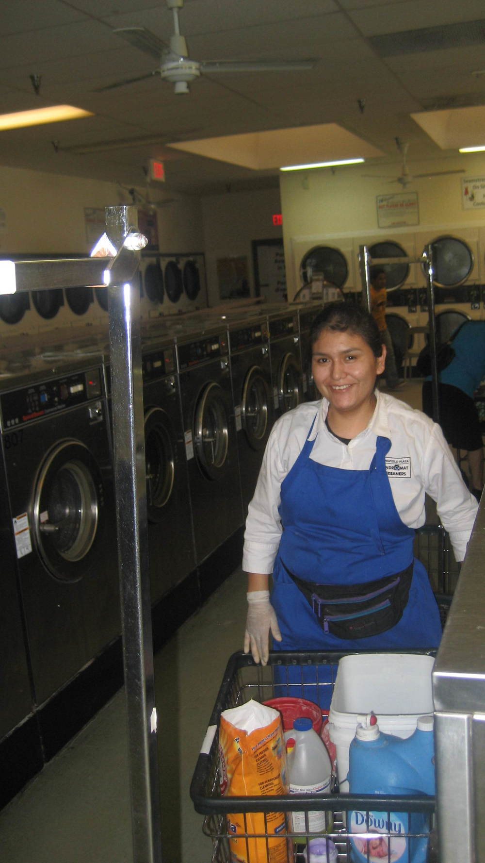 Laundromat 001.jpg
