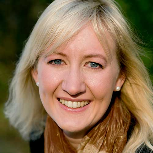 Linda Krondahl - CEO & FOUNDER+46 70 794 92 80