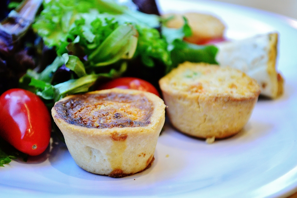 Catering-Mini Quiche (1).JPG
