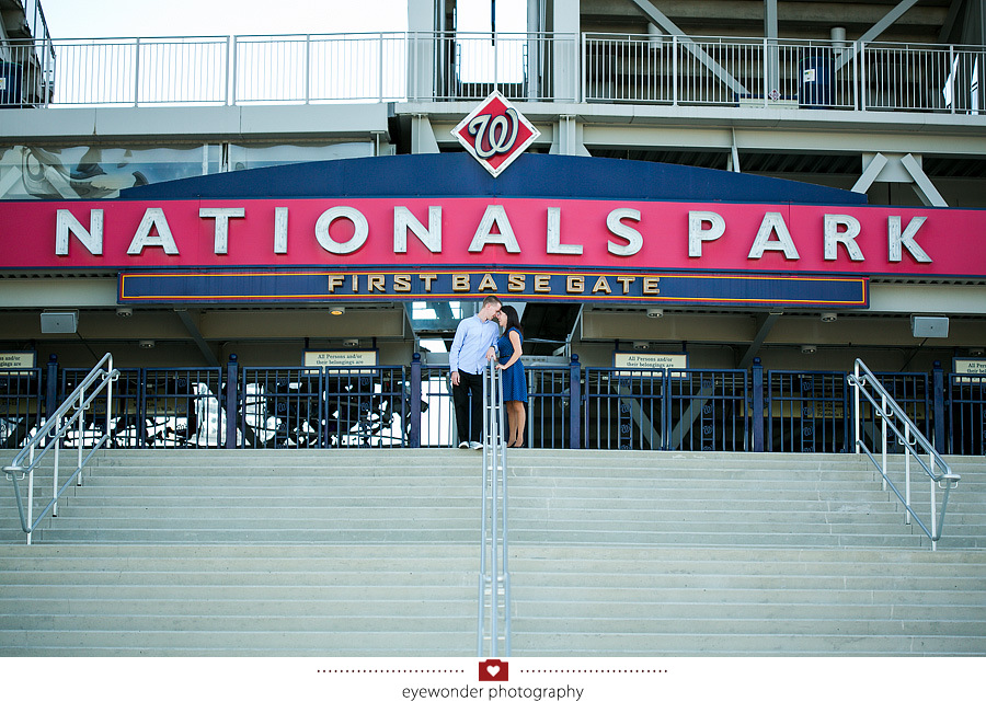 lauren scott nationals park engagement session_0005