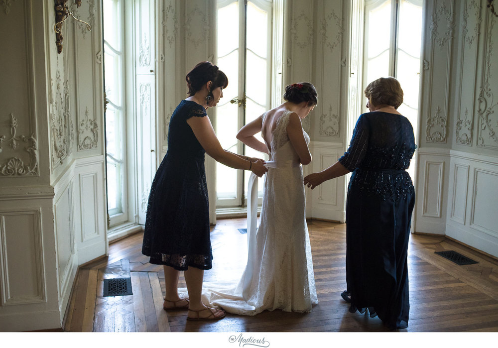 Cylburn Arboretum wedding photojournalism bride dress