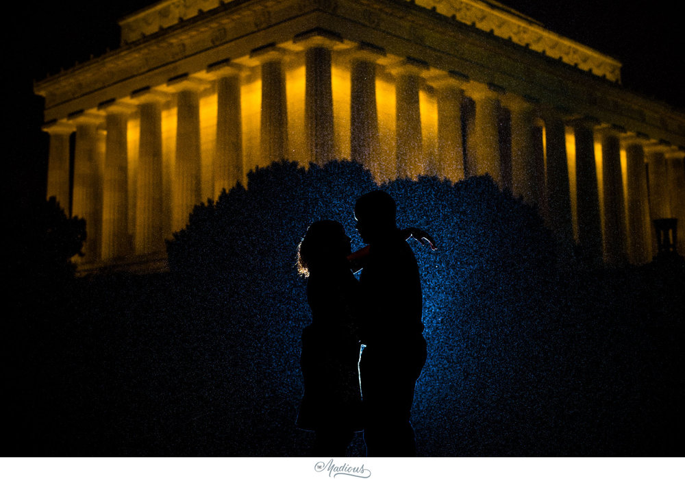 Rainy Lincoln Memorial Engagement session 0011.JPG