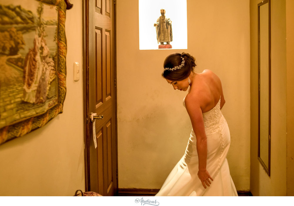 Leigh_Rob_Antigua_Guatemala_Santa_Clara_Destination_Wedding_22.JPG