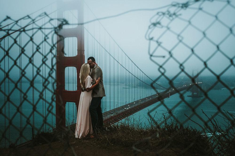 Eden+Jahir.Engagement.Blog.GoldenGateBridge©mileswittboyer.com2017-31.jpg