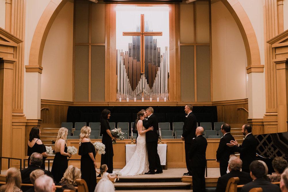 rogers.arkansas.weddingphotos.©2018mileswittboyer-30.jpg