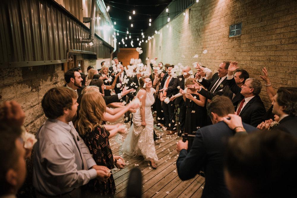 rogers.arkansas.weddingphotos.©2018mileswittboyer-43.jpg