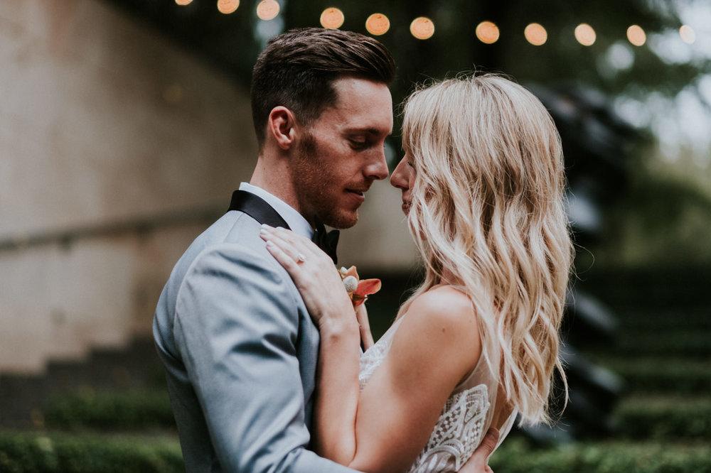 AliciaAaron.Weddingmileswittboyer.com2018-341.jpg