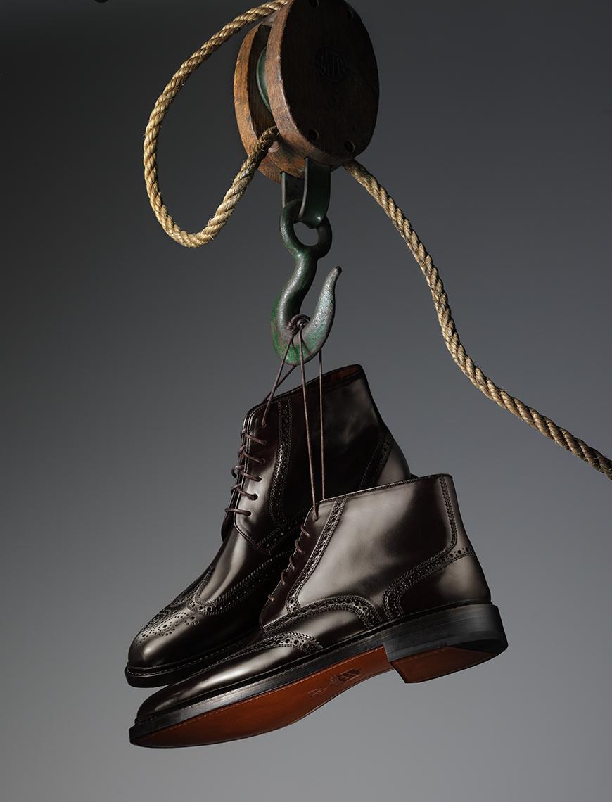 Shoe_On_A_Hook_0074_FFS.jpg