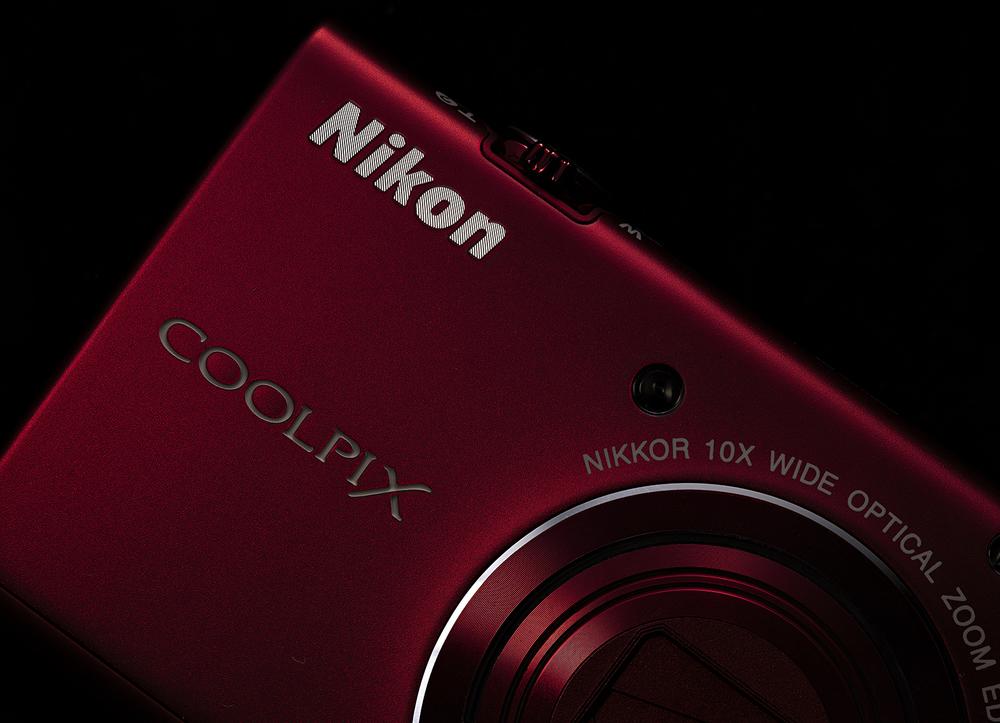 Nikon_Red_EFH_FF.jpg