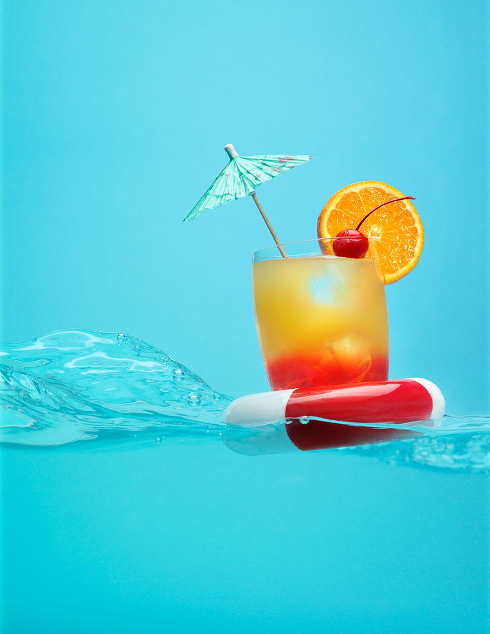 Petkov_Drink_Floater_0209.jpg