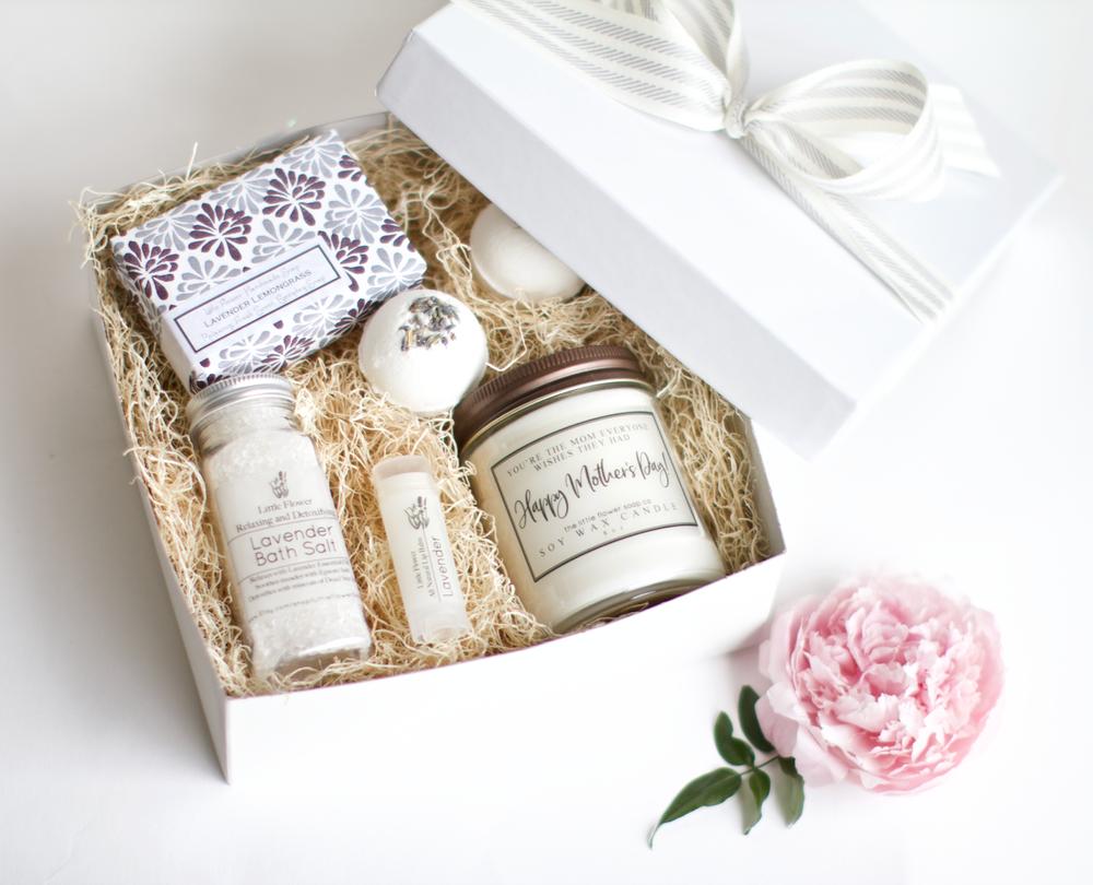 2f0974cfce3f Luxury Lavender Gift Box- Handmade Aromatherapy Lavender Spa Gift Basket  for Women