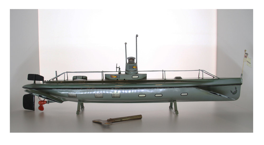 German WWI Submarine with brass windup key, 1915, 22 inches long. Made by Märklin.