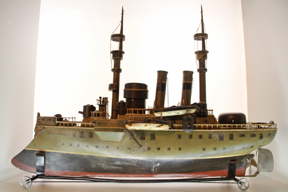 "The Märklin ""Deutchland"", WWI German Battleship, 1912, 34 inches long. Malcolm Forbes Collection."