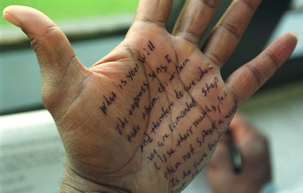 LAGRANGE, KENTUCKY, USA - 13MAY01 - Larry Lucas put a reminder of his lines on his palm during a rehearsal. PHOTO: Andy Nelson/ The Christian Science Monitor