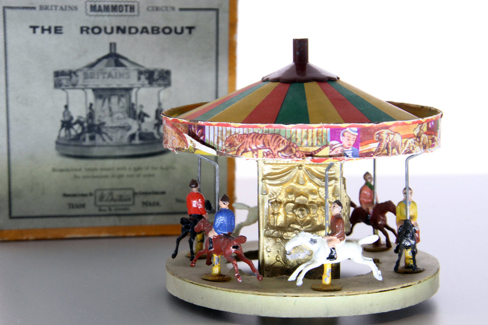 W. Britain Set #1439 Mammoth Circus Roundabout