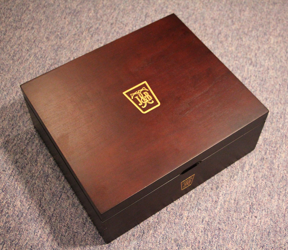 Box00.jpg