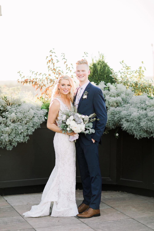 Joey & Taylore Frazier Museum Wedding Peek-10.jpg