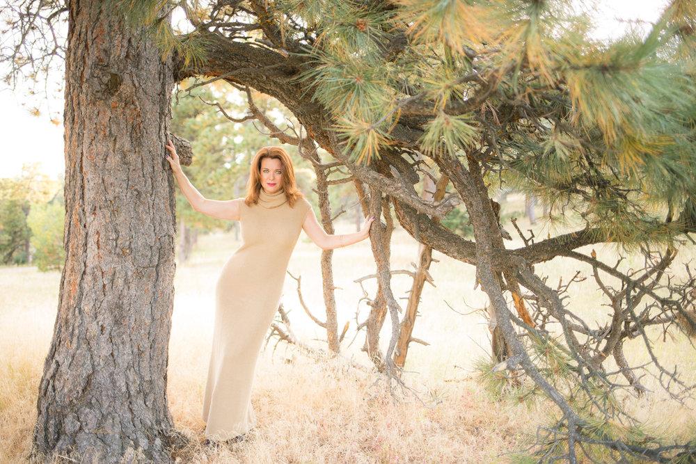 Denver_Portrait_Photographer_executive_happy_bright_136.JPG