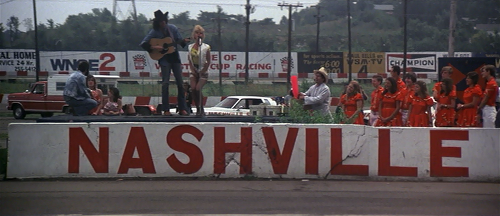NASHVILLE (1975) Over the course of a few hectic days, numerous interrelated people prepare for a political convention as secrets and lies are surfaced and revealed.