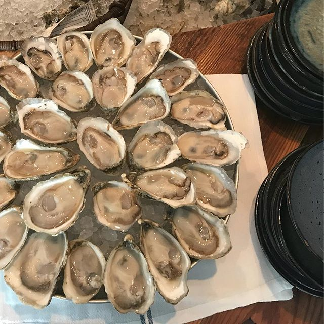 Get your oysters this weekend before we close for a holiday break.  We'll be closed Monday July 2nd, Tuesday July 3rd and Wednesday July 4th 🎇