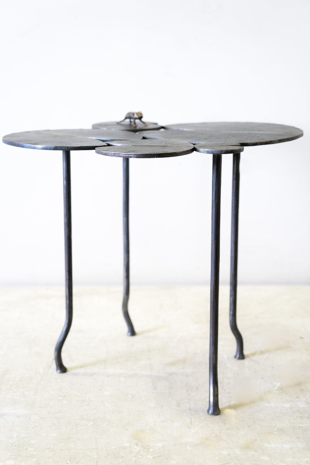 Perfect Lily Pad Side Table With Frog