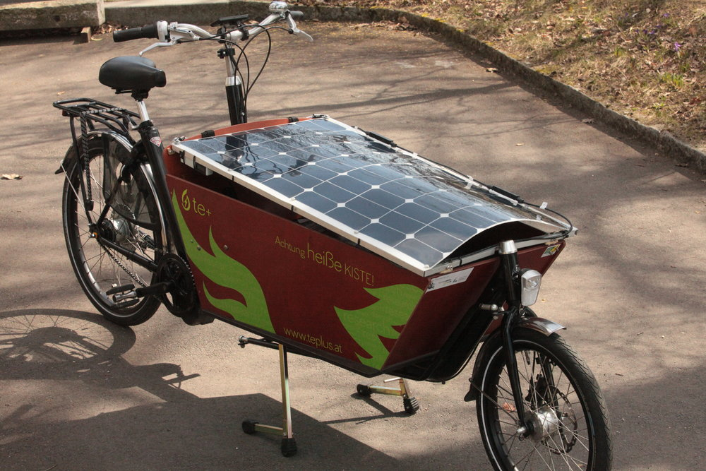 Solarzelle als Deckel meines Lastenfahrrades