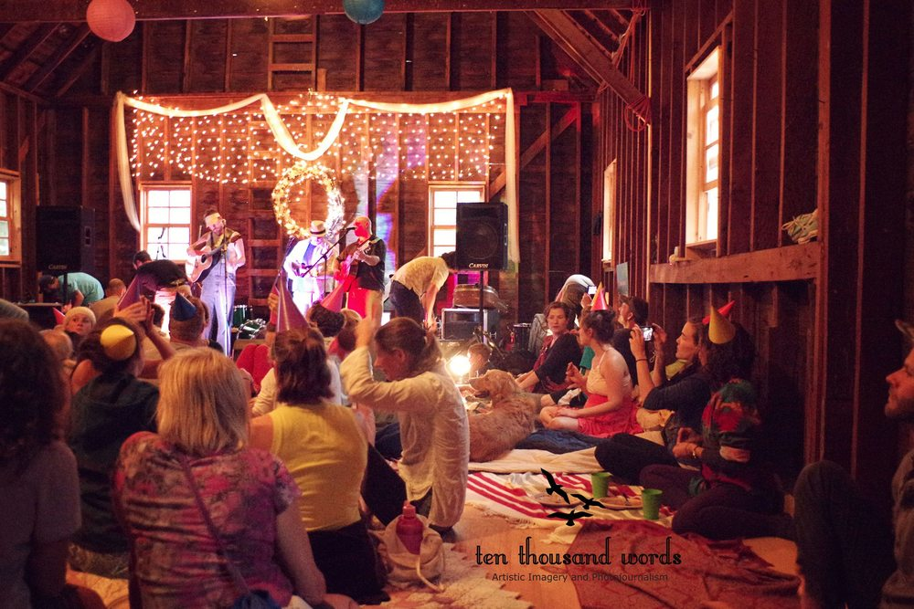As the storm showed its fury outside, over a hundred guests swarmed together into the barn, sharing an intimate set of performances, numerous arts and crafts activities, and good company.