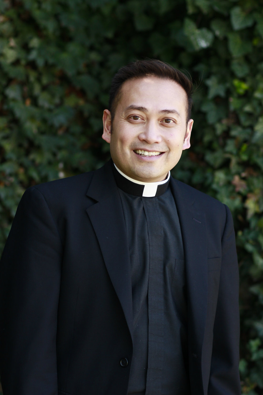 Fr. Leo headshot.jpg