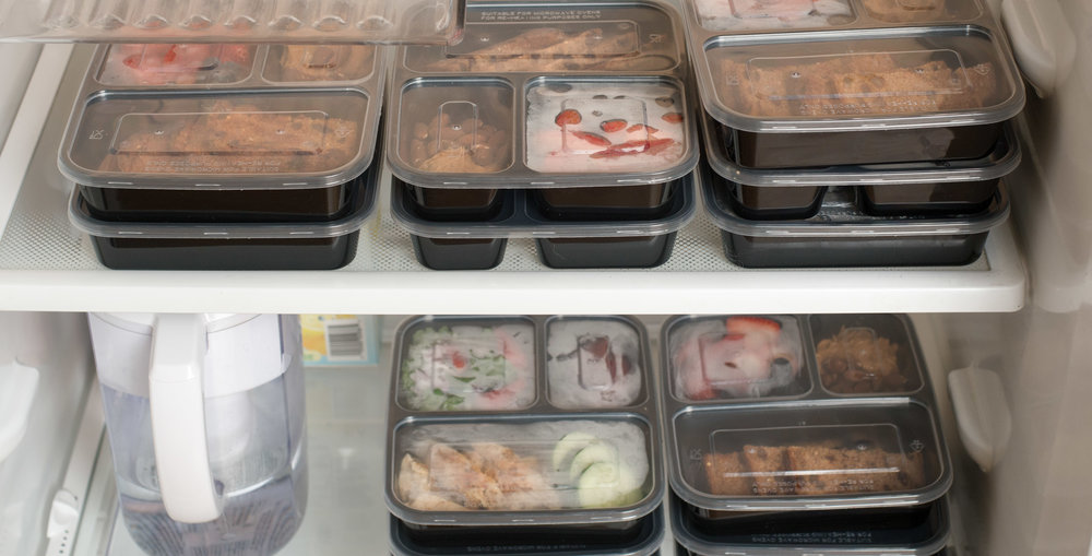 And if you're worried that you need to be at work the day after, you can easily take these yummy creations with you to the office. All thanks to our  reliable meal prep containers ! So make the most out of all your leftovers, and follow these recipes that won't ever make you feel like you're eating the same thing the next day: