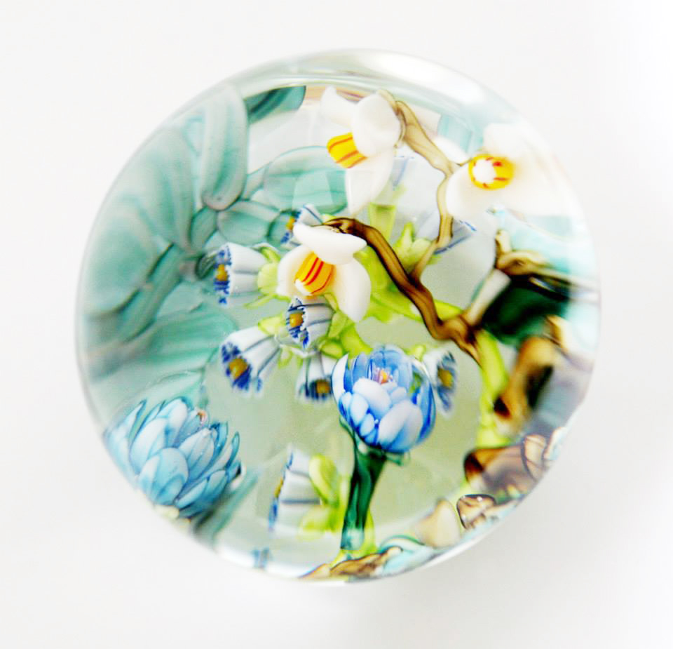Snow drops paperweight, 2013