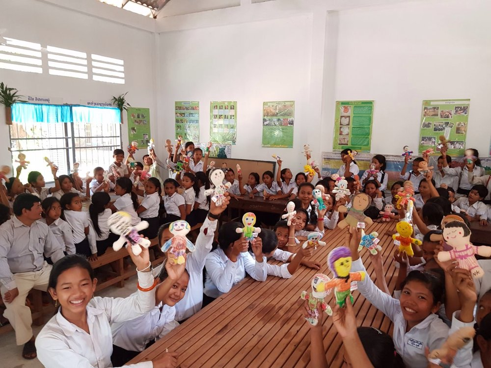 This week, our friend, Graciela from Italy traveled to Cambodia and gave the dolls to children in SRET school as the holiday gifts. (the school supported by the FWE-Cambodia project, the Siem Reap area). Loos at all the smiles! Check out the album to see more photos: https://www.msterio.org/events-2/ Thank you, Graciela for making it happen.
