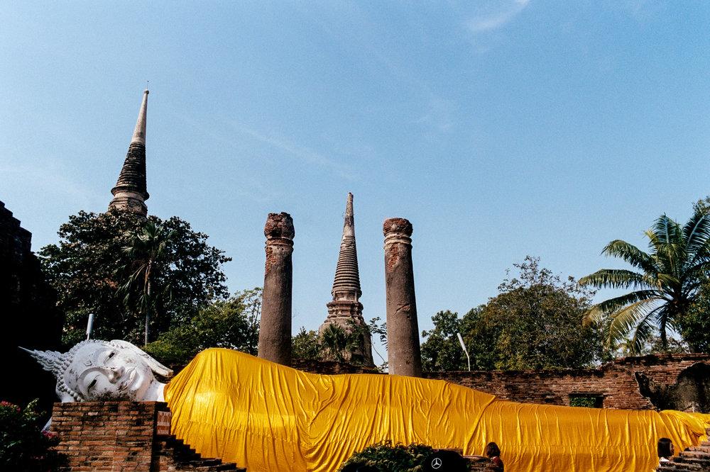 The reclining Buddha at Wat Yai Chai Mongkol in Ayutthaya.