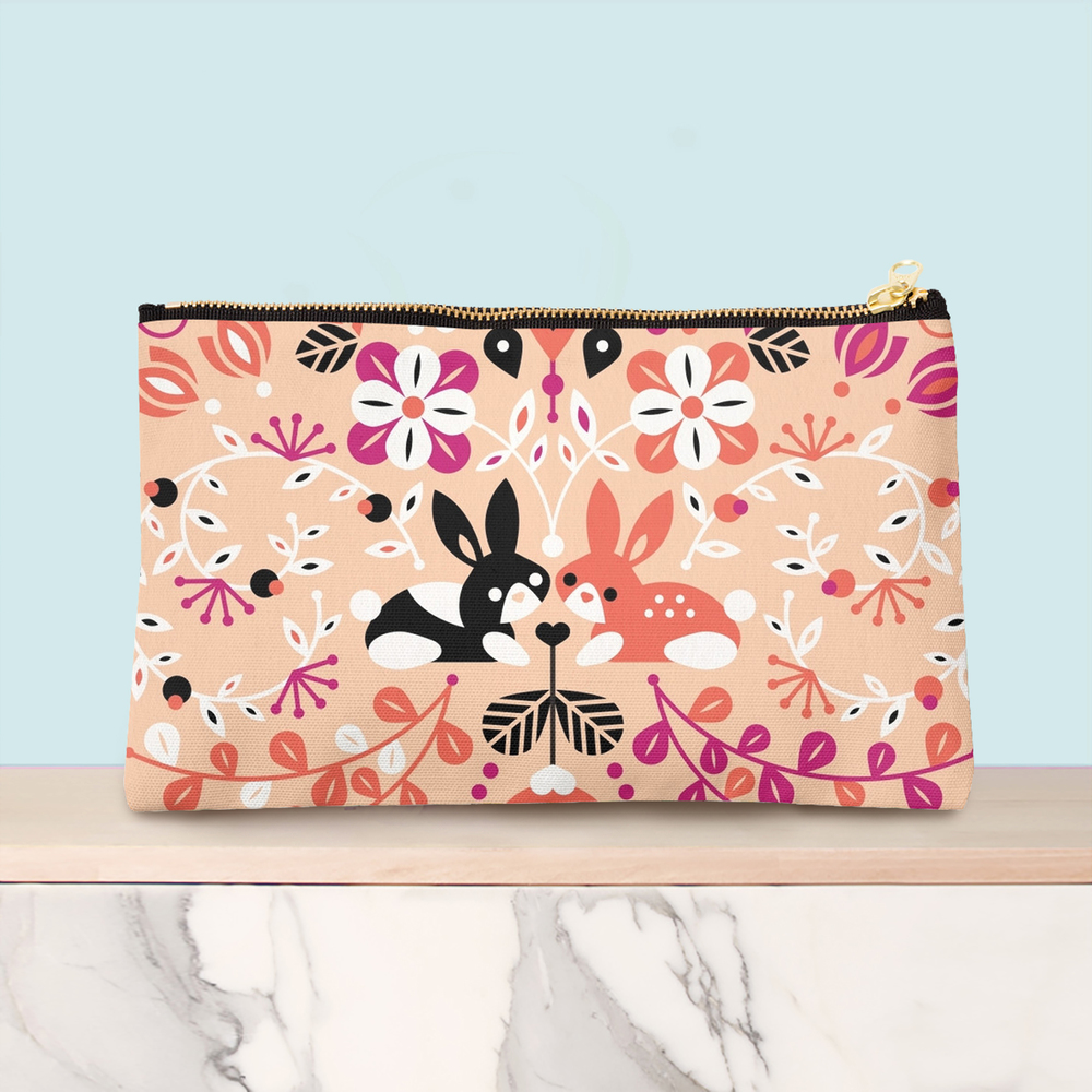 Bunny Lovers studio pouch available here.