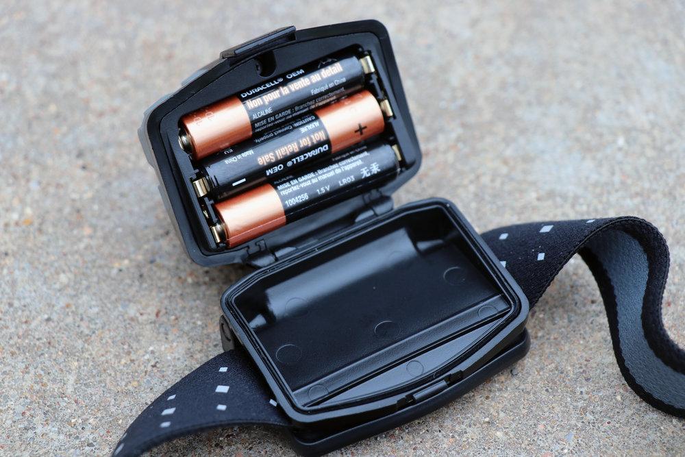 Coast FL78R AAA Battery Usage