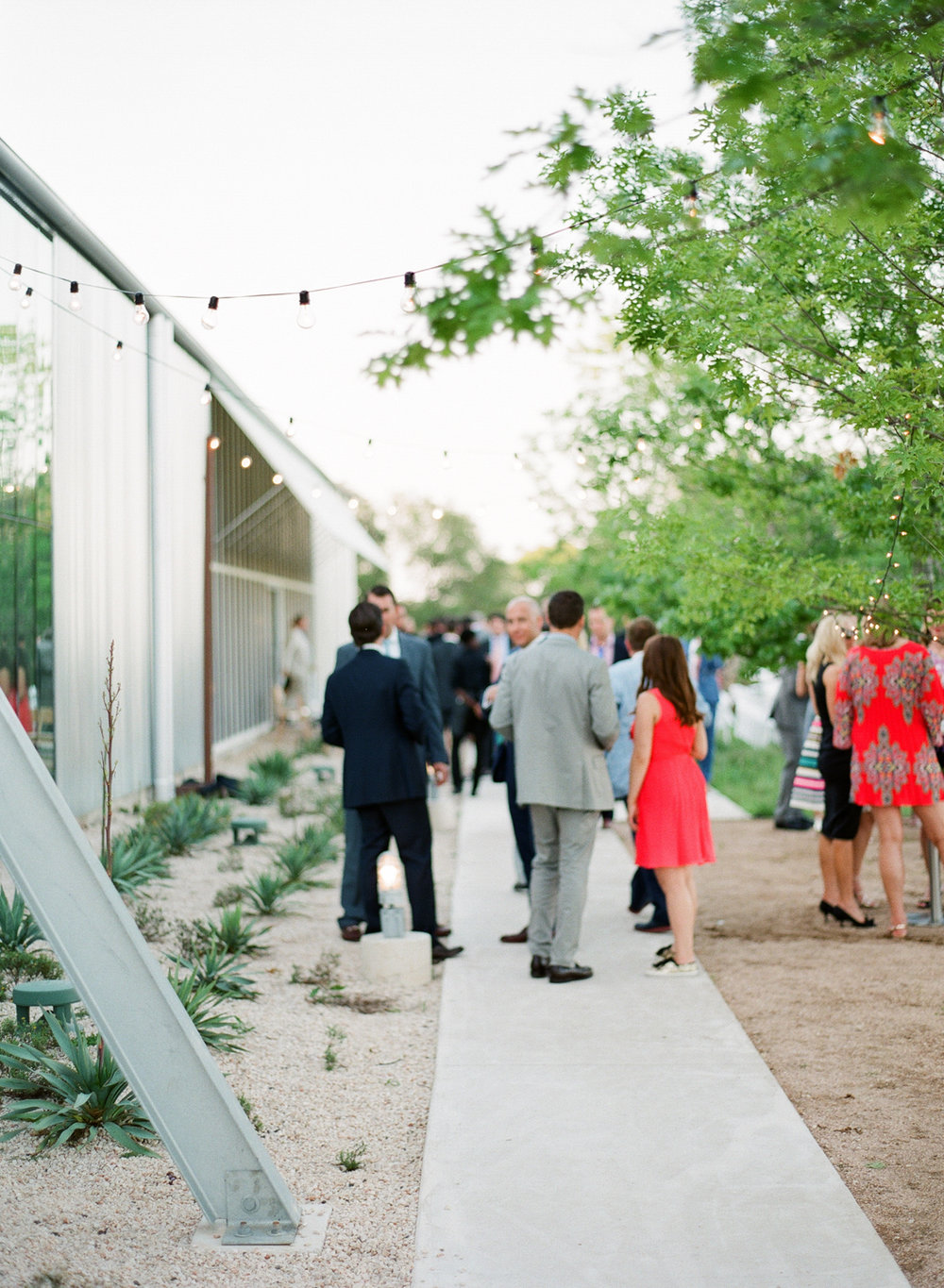 PROSPECT_HOUSE_WEDDING_AUSTIN_TX_BY_MATTHEW_MOORE_PHOTOGRAPHY_00563.jpg