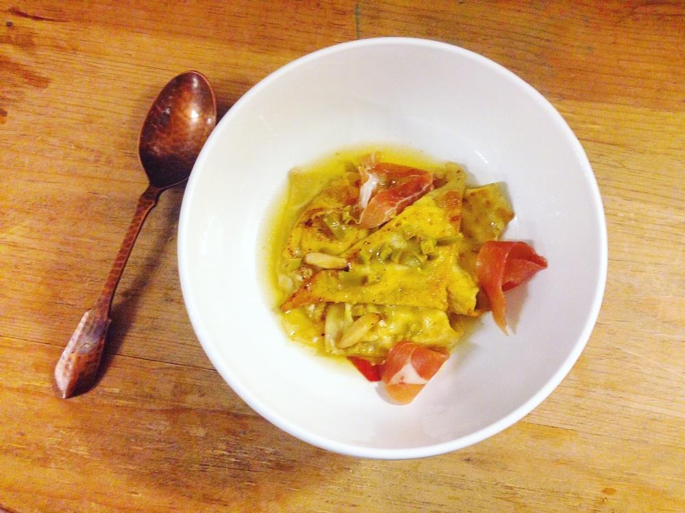 wonton-ravioli-with-prosciutto-broth