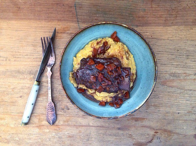 beef-short-ribs-with-polenta