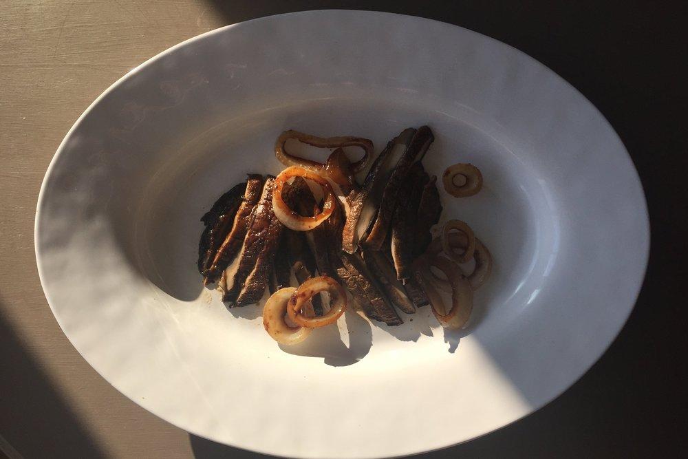 portobello-mushrooms-that-taste-like-steak.JPG