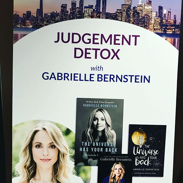 I spent this past weekend  expanding my mind with @officialdrjoedispenza and enriching my soul with @gabbybernstein My heart is open and my thoughts are clear. Although  there is more work to be done,  i know that i am on the right path and committed to this journey of getting closers to the source of it all. I am in love with life.💓. . . . . . #hayhouse #lovelife #toronto #evolving #gabbybernstein  #bekind #beyourself #leasidemoms #momsboss #riverdaletoronto #torotoro #energy #energyhealer #bepart #ofthisworld #love