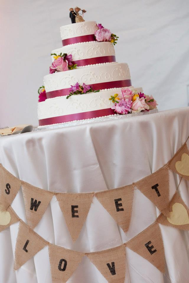 wedding cake with sweet love bunting