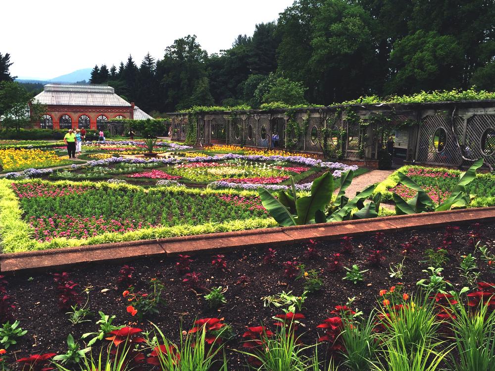 Biltmore-Gardens-Asheville.jpg