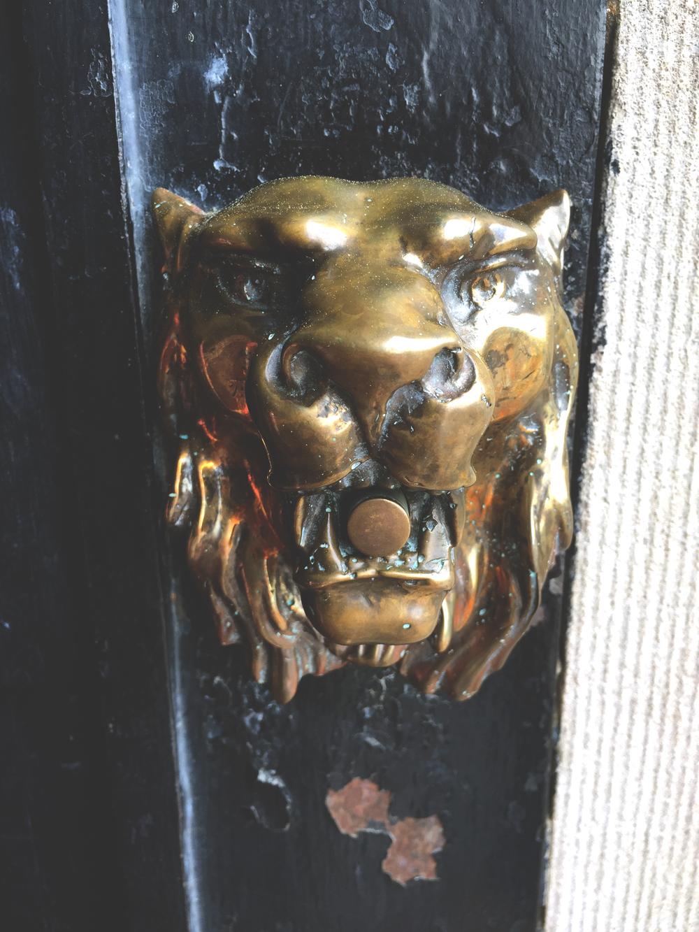 Vintage-Doorbell-Biltmore-Asheville.jpg