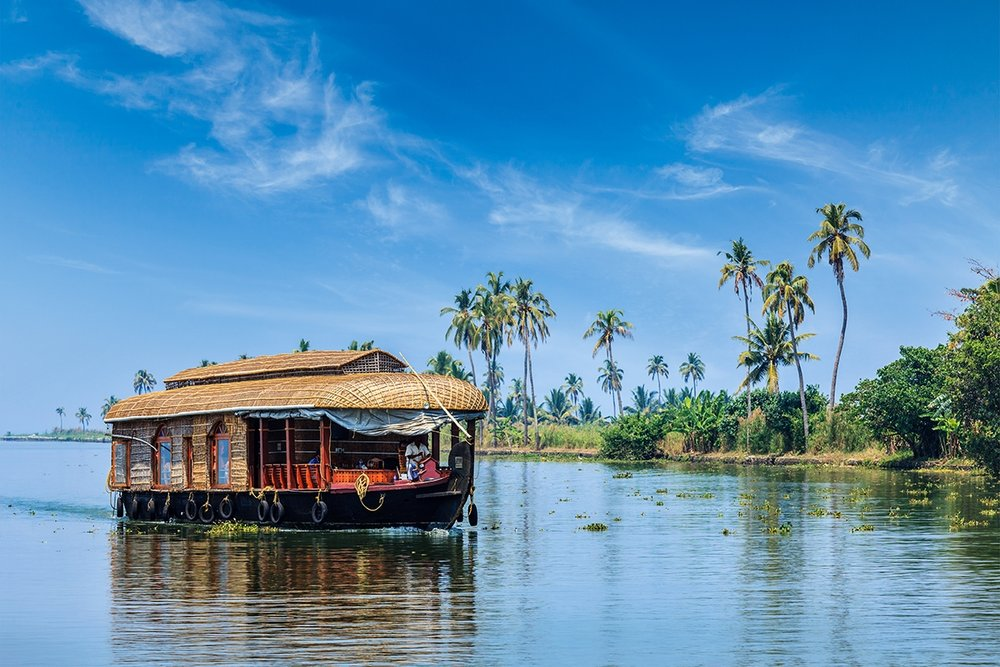 March 24 – 25th Houseboat on Backwaters - Float along and gaze over paddy fields of succulent green, curvaceous rice barges and village life along the banks. This is one of Kerala's most mesmerizingly beautiful and relaxing experiences.