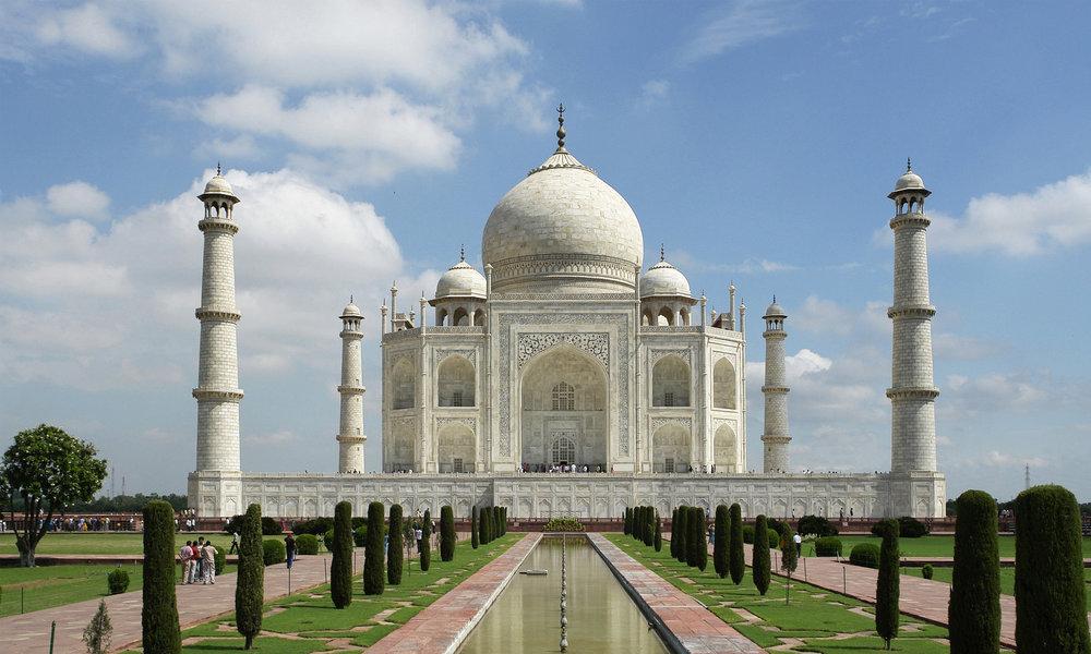 Agra sightseeing trip to the Taj Mahal